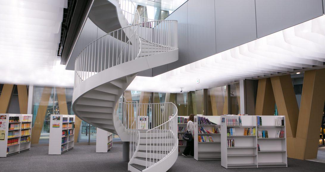 こんなに贅沢な場所が、本当に「大学」? あまりにもケタ外れな、近畿大学の新施設